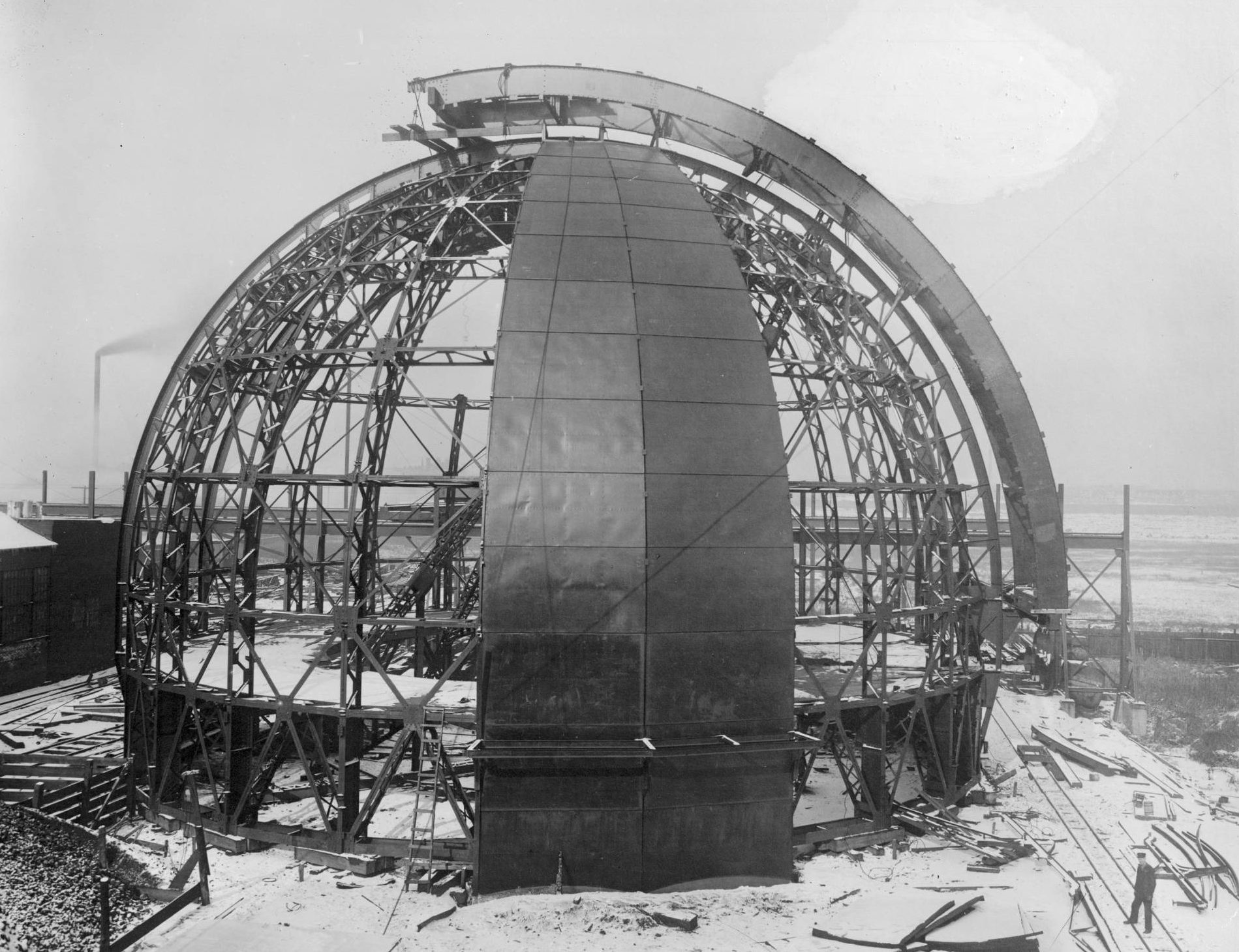 Mount Wilson Observatory Building The 100 Inch Telescope Mack Truck Mirror Heaters Wiring Diagram Dome Was First Assembled In Chicago To Make Sure Everything Fit Properly Before Transporting It Note Smokestack Background